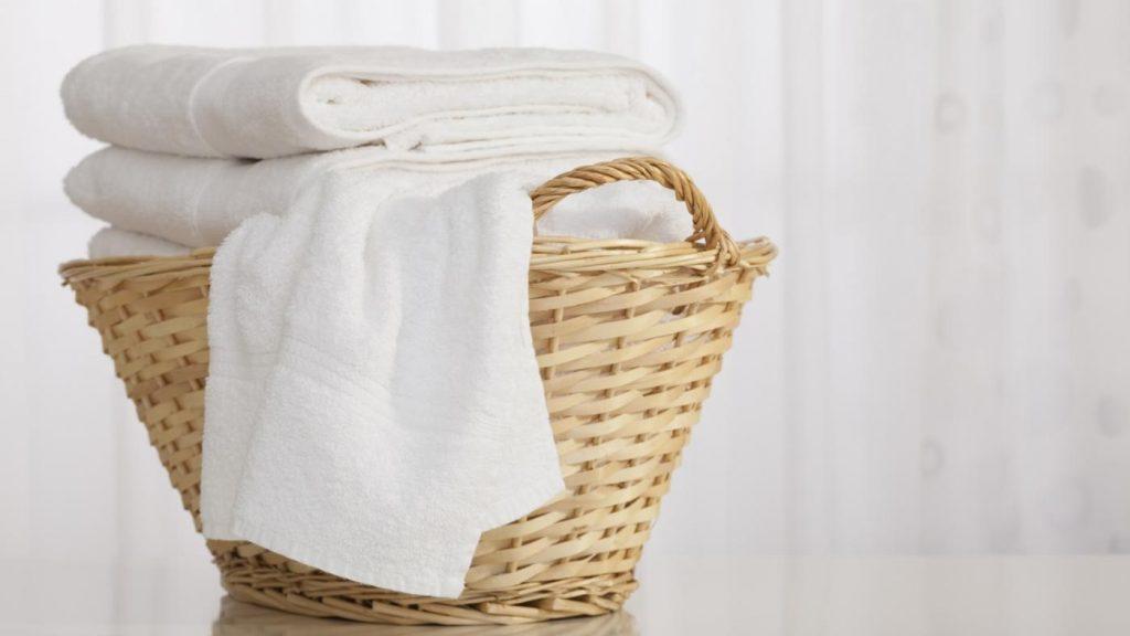 سفید شویی لباس های سفید