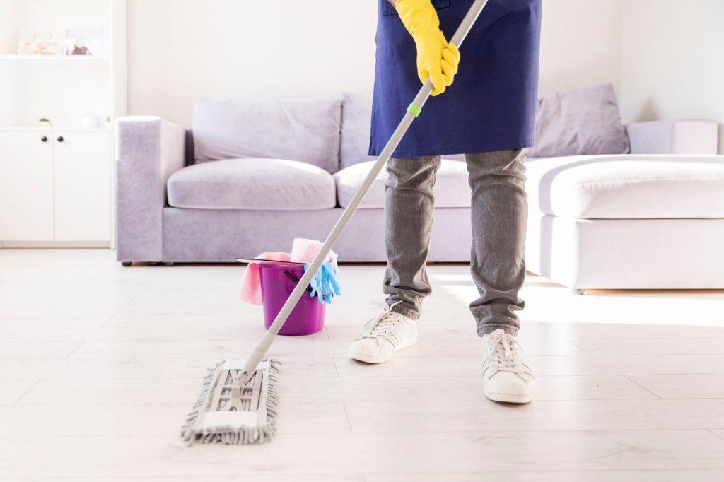 تمیزکردن حال و پذیرایی