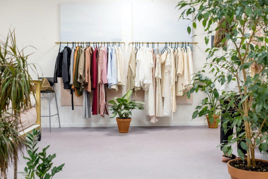 نحو مرتب کردن کند لباس و کمد دیواری