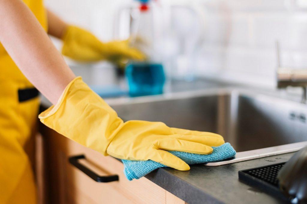 از بین بردن رسوب سینک ظرفشویی