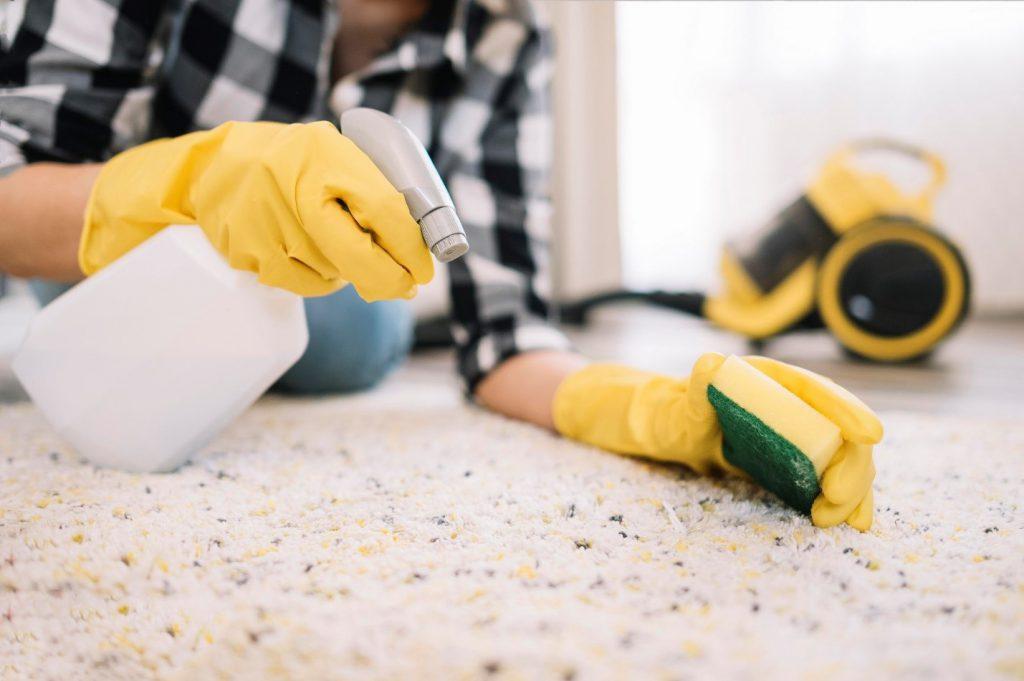 زرد شدن فرش