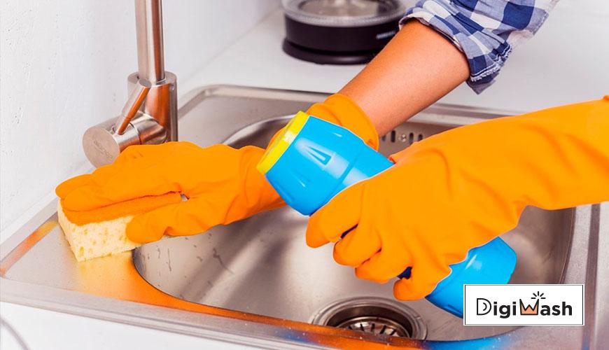از بین بردن لکه جوهرنمک روی سینک ظرفشویی