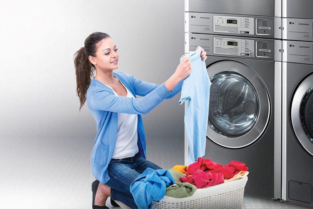 از بین بردن رنگ پس دادن لباس