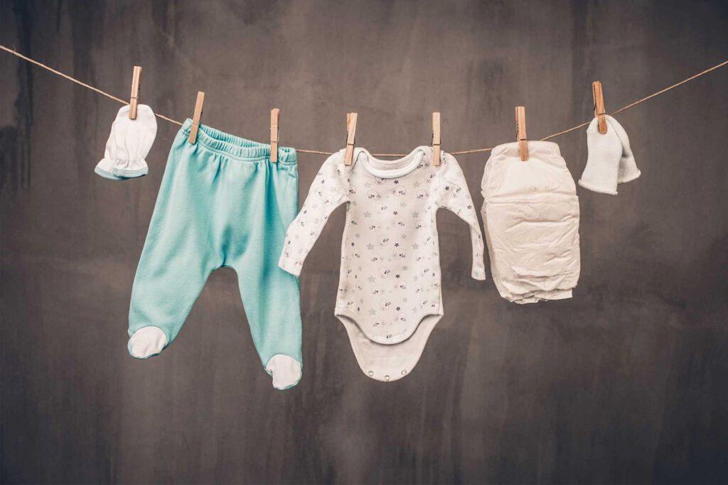 شویندۀ مناسب برای شستشوی لباس نوزاد انتخاب کنید