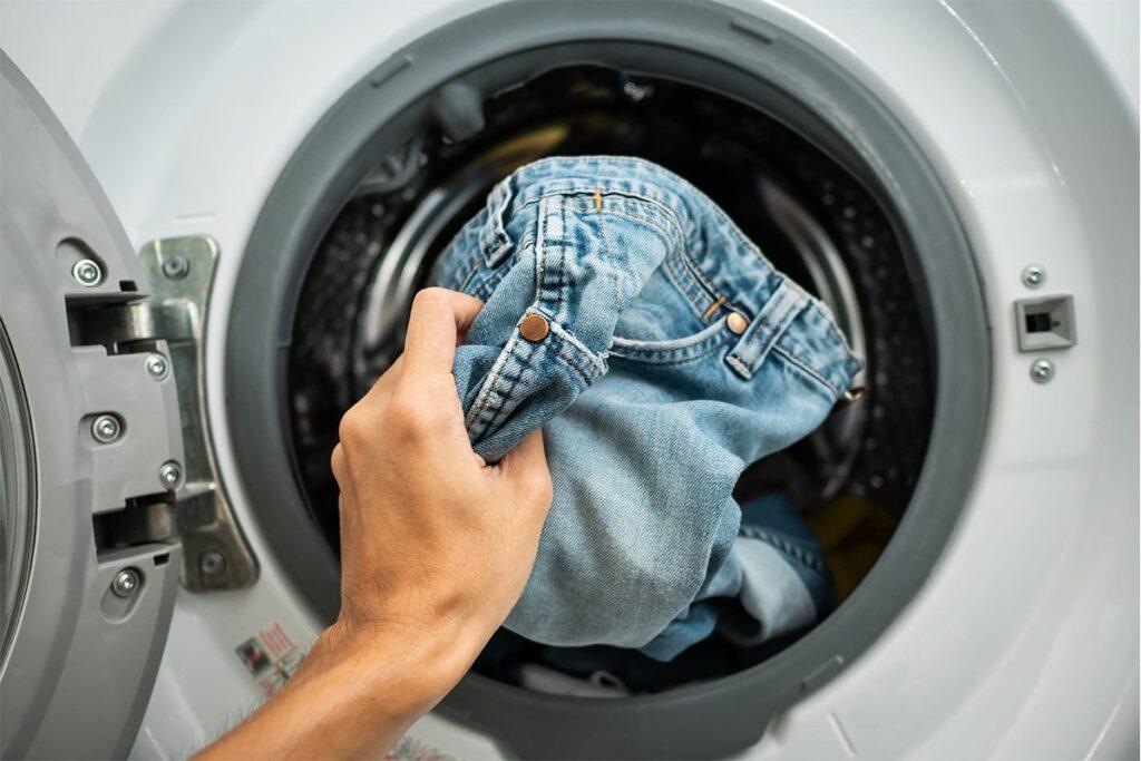 جدا کردن لباس های کثیف