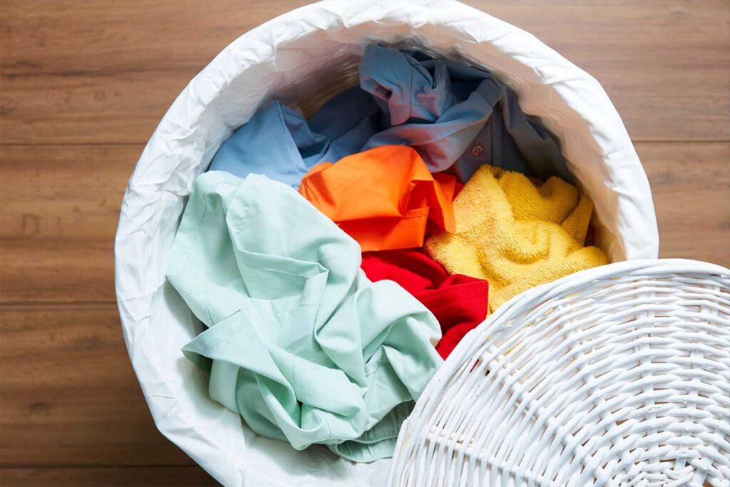 چگونه لکه زردچوبه از روی لباس پاک کنیم